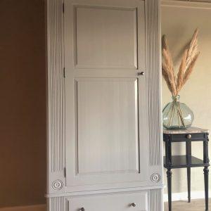 Lamp Room Grey Heritage Pine wardrobe